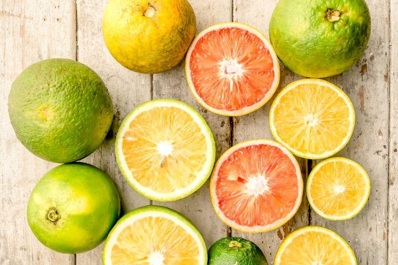 Nuova e migliore tecnologia per estrarre i flavonoidi degli agrumi