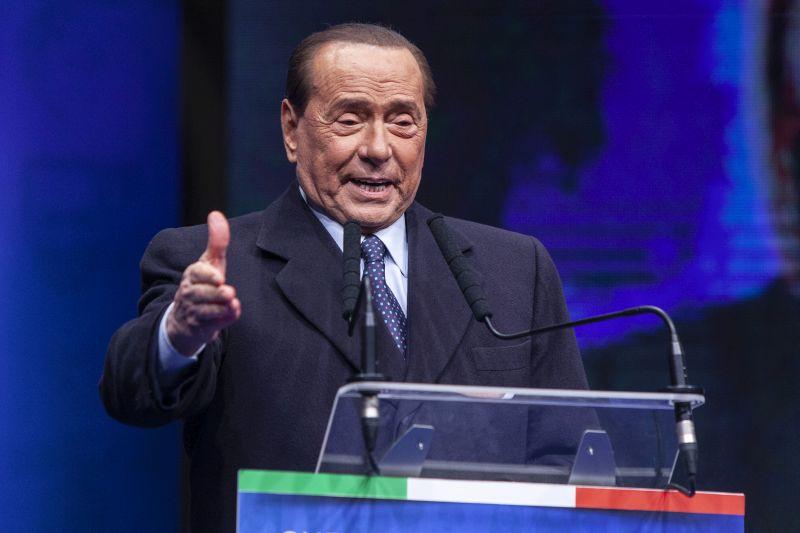 """Berlusconi """"Unità e dialogo costruttivo per risollevarci"""""""
