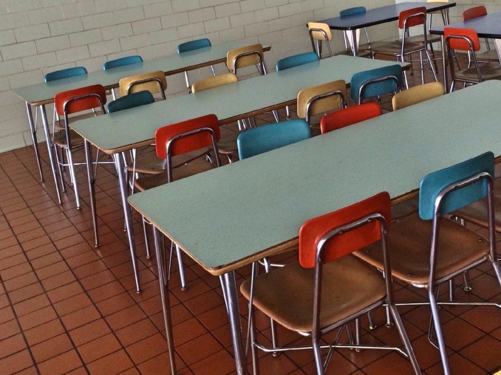 Scuola, trovato l'accordo sulle linee guida per la riapertura
