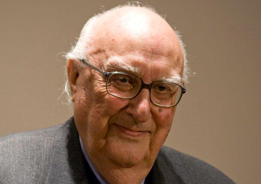 Andrea Camilleri grande scrittore italiano noto per le avventure del Commissario Montalbano