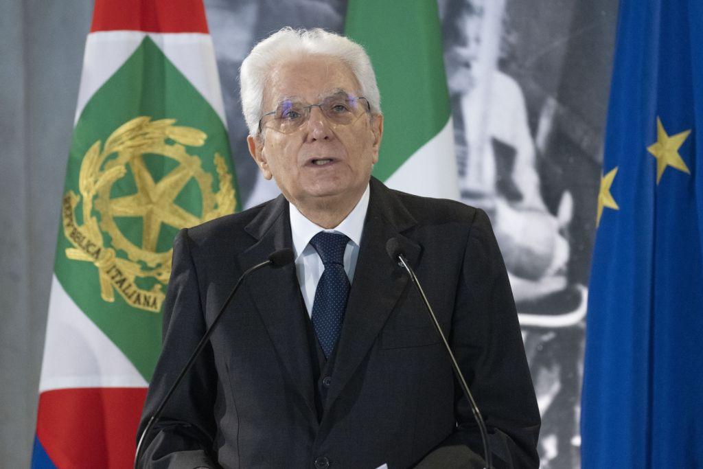 Offese via web a Mattarella, 11 indagati