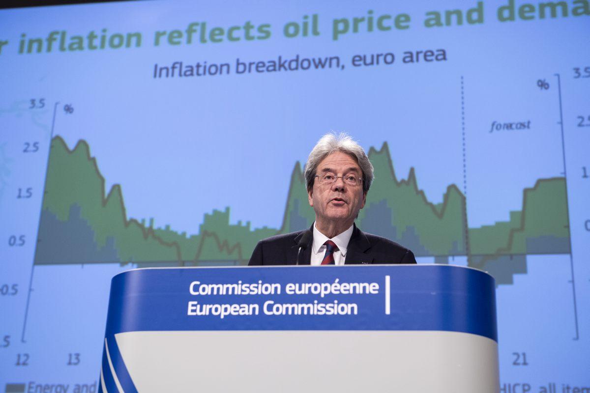 La Commissione Ue rivede al rialzo le stime di crescita dell'Italia