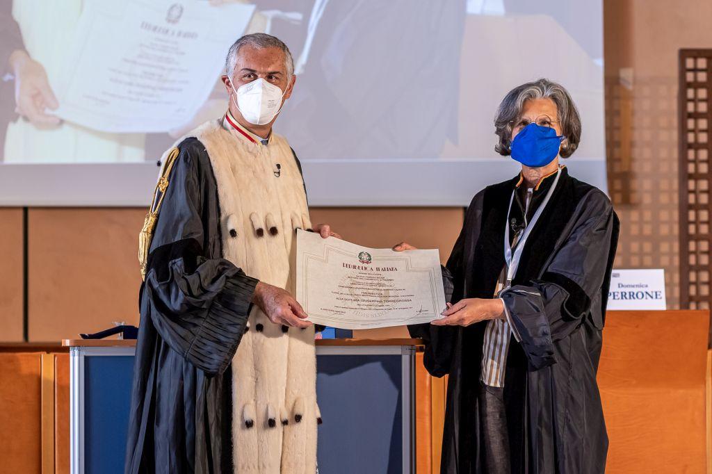 Palermo, laurea honoris causa alla scrittrice Giuseppina Torregrossa