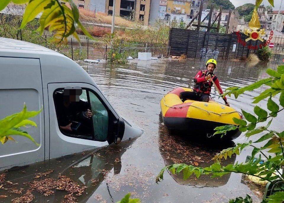 Maltempo, a Palermo 100 interventi per allagamenti e danni d'acqua