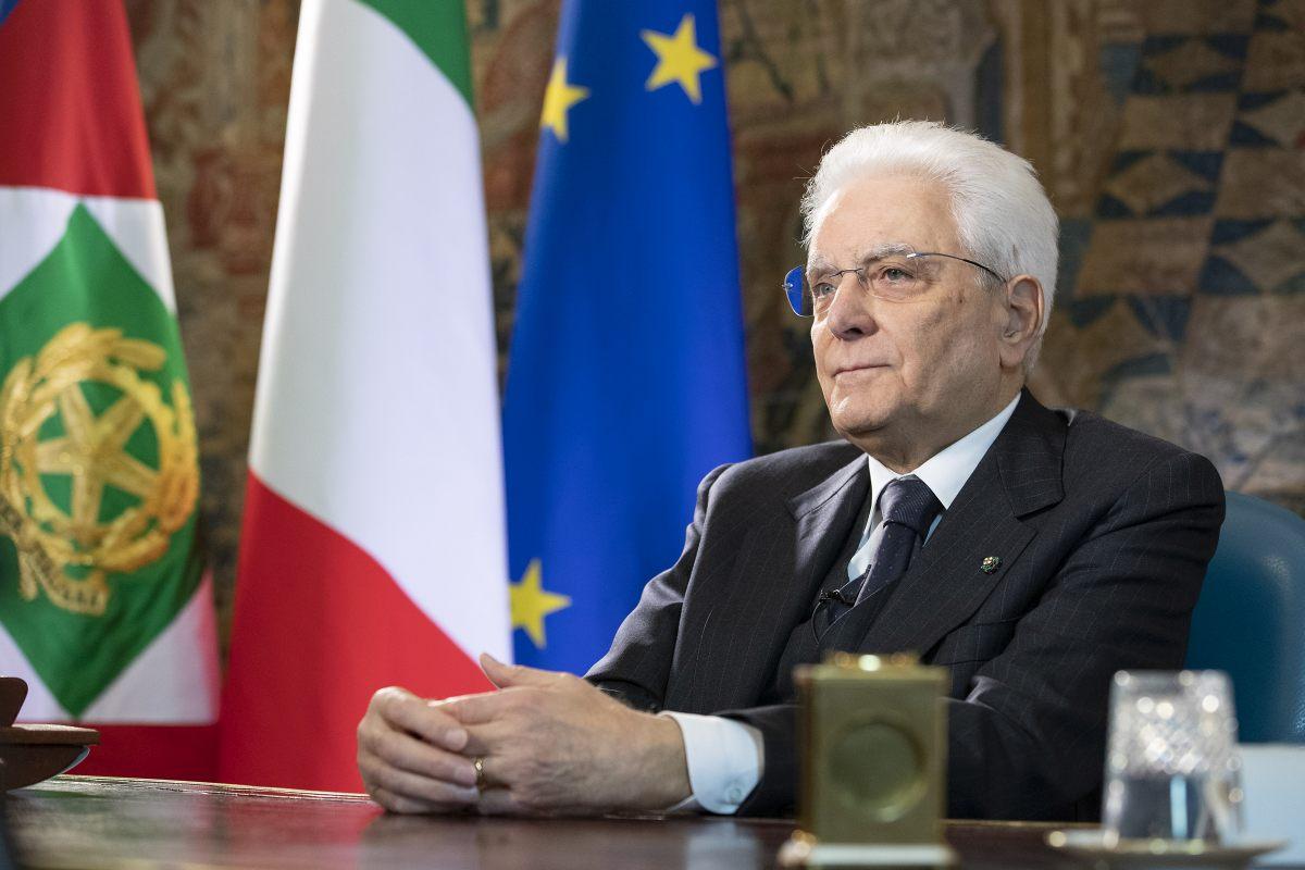 """Mattarella firma Dl Sostegni """"Ma troppi commi aggiuntivi estranei"""""""