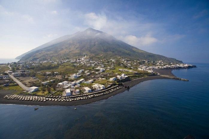 Due focolai di Covid alle Eolie, turisti positivi a Stromboli e Salina