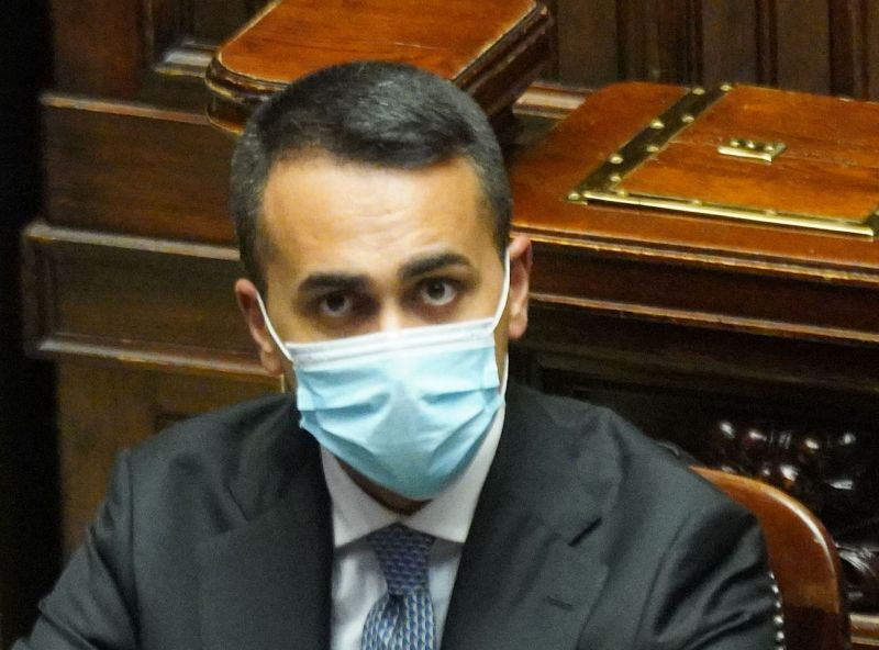 """Di Maio """"Niente scossoni, chi minaccia il governo minaccia la ripresa"""""""