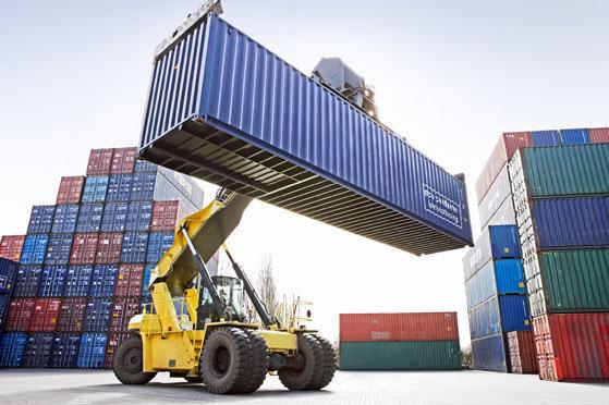 Ad agosto in calo l'export extra Ue