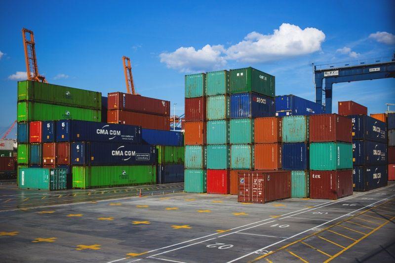 Commercio estero, ad agosto in crescita import ed export