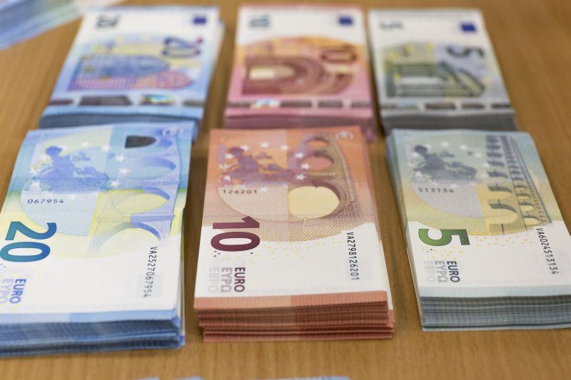 Credito, ancora attive moratorie su prestiti per circa 64 miliardi